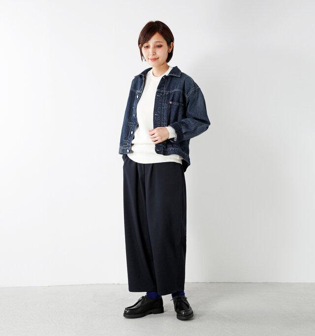 model yama:167cm / 49kg color : navy / size : 1