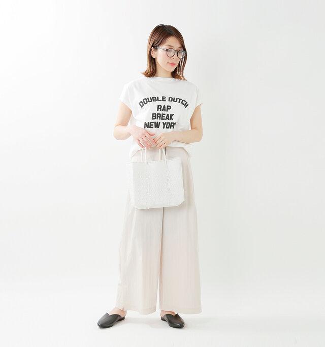 color : white / size : XS