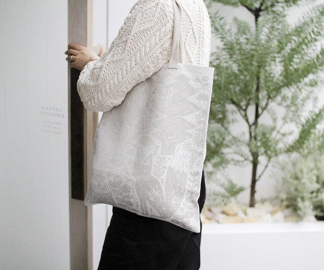 カラー:white-linen