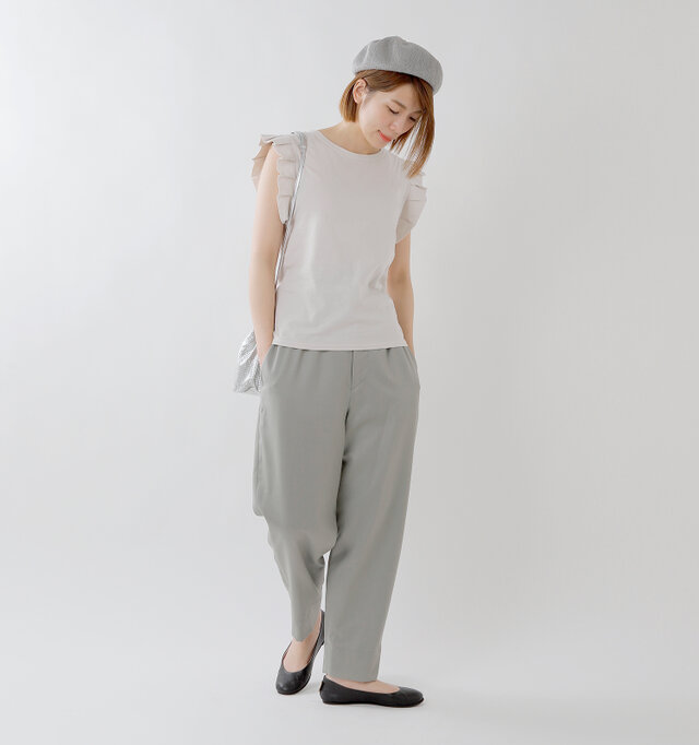 model mei:165cm / 50kg color : grayge / size : M