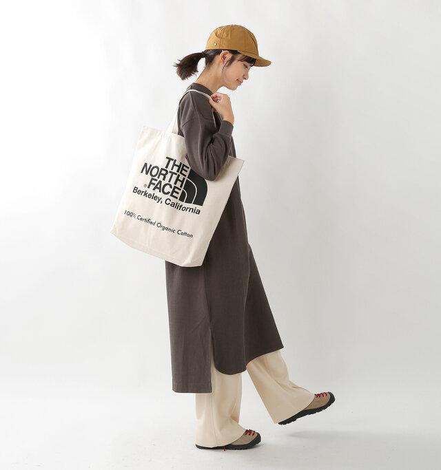 model kanae:167cm / 48kg color : natural×black / size : 20L