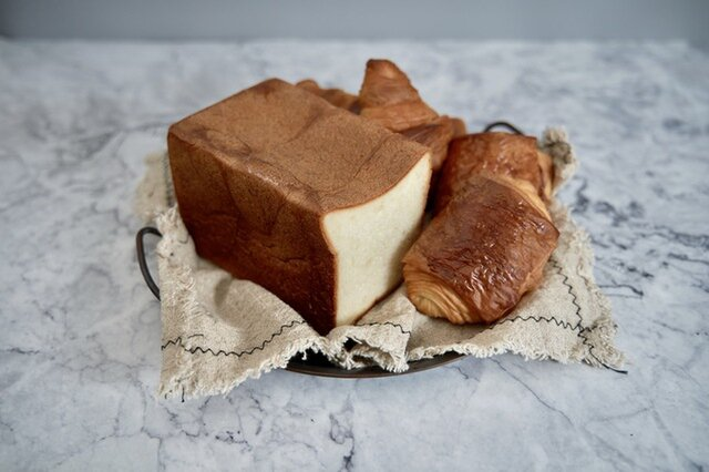 ふじ森|発酵バターを味わう贅沢セット♪最高級食パン『ふじ森』とクロワッサン・パンオショコラの詰め合わせ