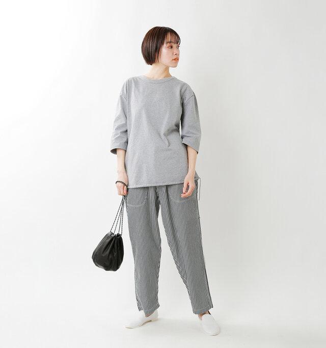 model saku:163cm / 43kg  color : gray / size : 1