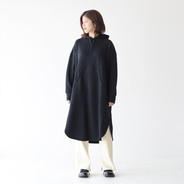 モデル:157cm / 47kg color : black / size : M(フリーサイズ)