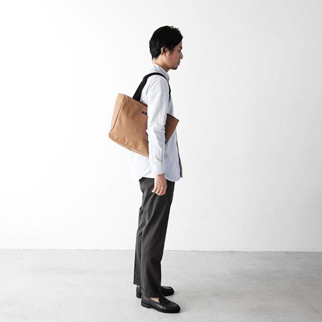 男性モデル : 179cm