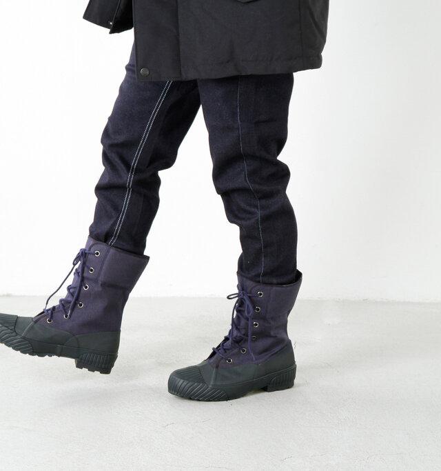 ムーンスターからウィンターブーツがラインナップしました。 1958年に南極観測隊へ提供した特殊防寒靴を機に発展したウィンターブーツ製造のノウハウを生かしたデザインです。しっかりと編み上げたメンズライクなかっこよさのある一足に。