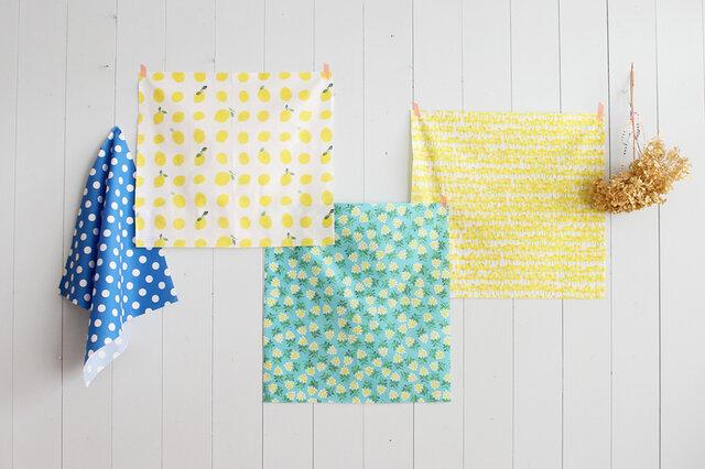 nunocoto fabricでも人気のある、北欧系のデザインを集めました。 人気テキスタイルデザイナーやイラストレーターによる、テキスタイルデザインです。