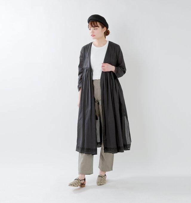 model rina:169cm / 50kg color : black / size : F