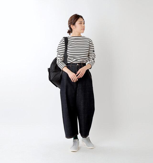 model hikari:165cm / 48kg color : gray / size : 24.0cm