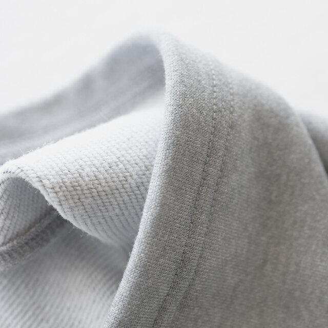 ご自宅でのお洗濯が可能で速乾性に優れているため、乾きにくい季節のヘビーユースにもおすすめです。