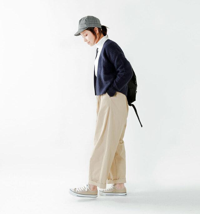 model yama:167cm / 49kg color : beige / size : 5(24.0cm)