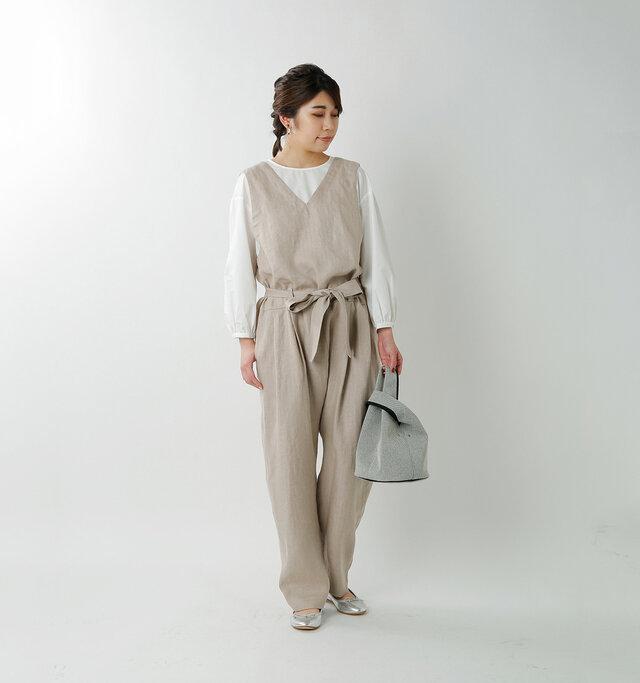 model hikari:165cm / 48kg  color : ecru / size : 38