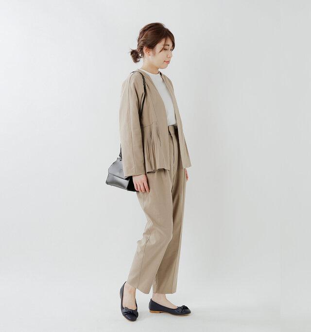 model hikari:165cm / 48kg  color : blue / size : 38(24.0cm)