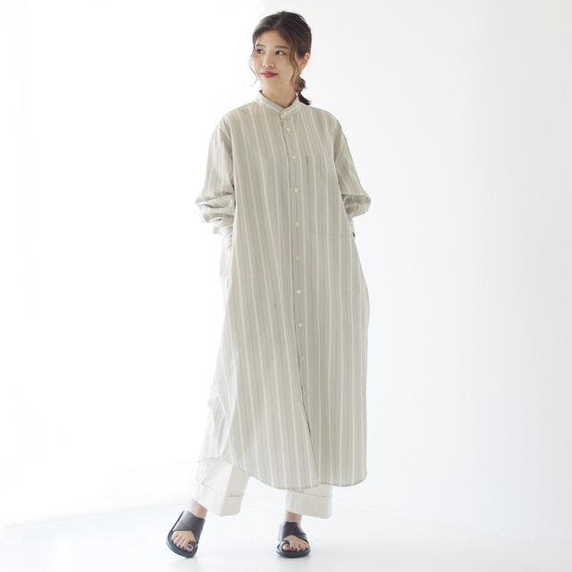 モデル: 157cm / 47kg 着用サイズ:36(S~M) 着用カラー:beige stripe