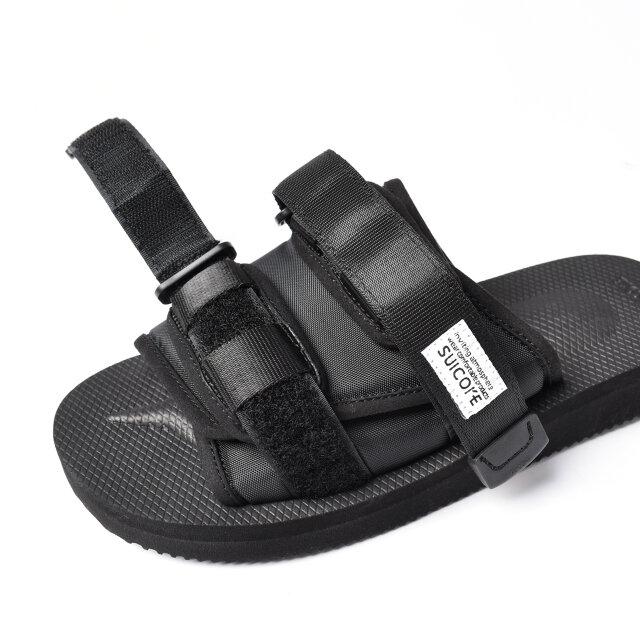 フィット感を調整しやすいベルクロテープ仕様。 アッパークッションがリラクシングな履き心地です。