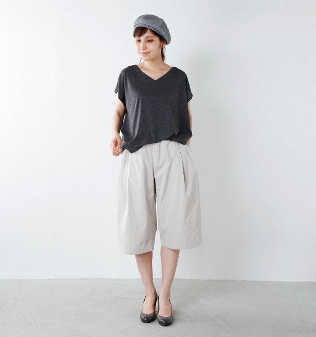 color : gray / size : one  シンプルなのに洗練された雰囲気のフレンチカジュアルが大好きな方にも、ベレー帽はオススメです。ボーダーTシャツ×デニムといったシンプルコーデも、ベレー帽があればあっという間にフレンチスタイルに!