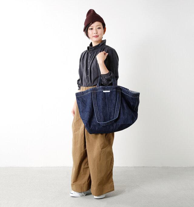 model mayu:158cm / 48kg color : dark blue / size : one