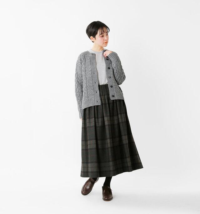 model saku:163cm / 43kg  color : gray / size : F