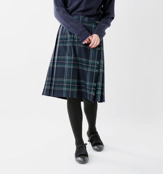 ひざ丈がいいけど、短すぎるのはちょっと…というお客様の声から誕生したaranciato限定のアイテム。 昨年の仕様から丈を1cm長くすることで、より大人の着こなしを楽しめるデザインに♪