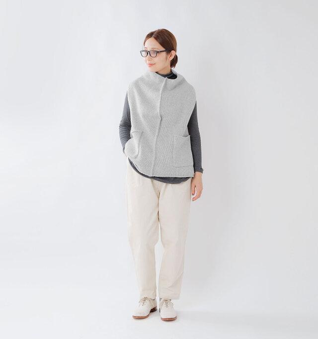 model yama:167cm / 49kg color : light gray / size : 38