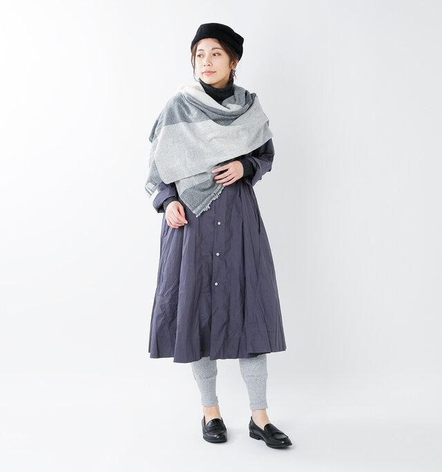 model hikari:165cm / 48kg color : light gray / size : F