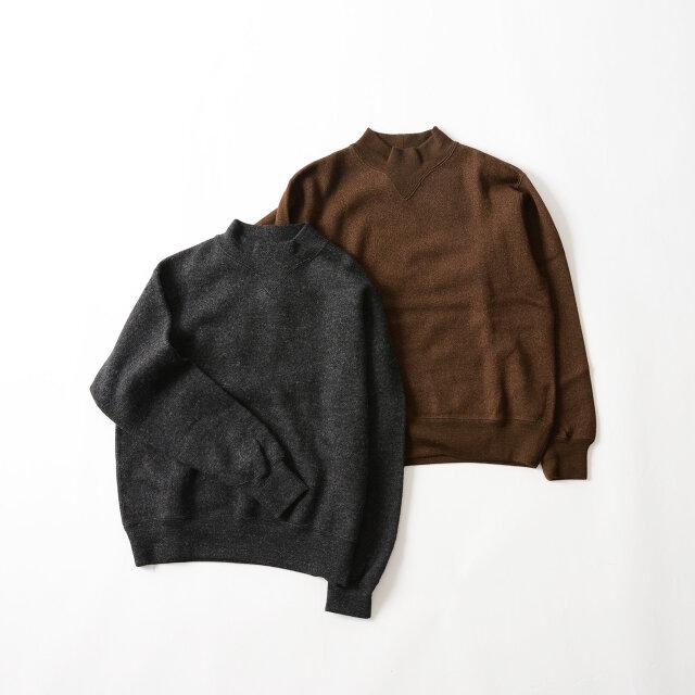 性別や年齢を問わず、幅広いスタイリングにマッチする「charcoal」と「brown」の2色をご用意しています。