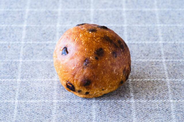 そして、おまけにおひとつ甘いパンが付いてきます。なにが届くかは、チェフの気まぐれ。そのときのおたのしみに◎。