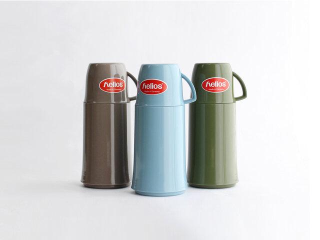 左からグレー、アイスブルー、オリーブグリーンの3色展開です。どれもナチュラルなアースカラーが素敵で、どれにしようか迷ってしまいそう…。