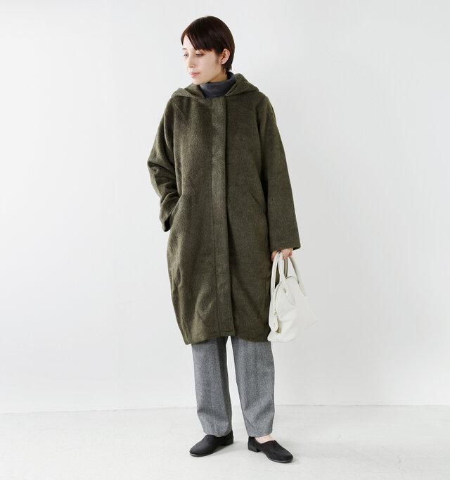model yama:167cm / 49kg color : khaki / size : S  マニッシュなパンツスタイルとも相性抜群です◎