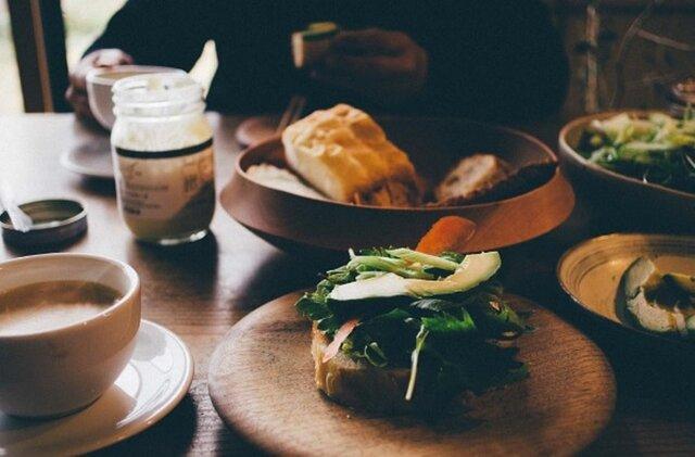 そのまま野菜につけて食べるのはもちろん、ポテトサラダやタルタルソースに。マヨネーズが苦手な人でもこのマヨネーズを食べたら、苦手克服できちゃうかもしれません♪