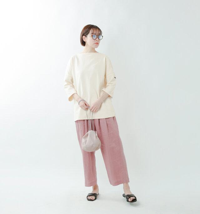model saku:163cm / 43kg  color : ecru / size : T4