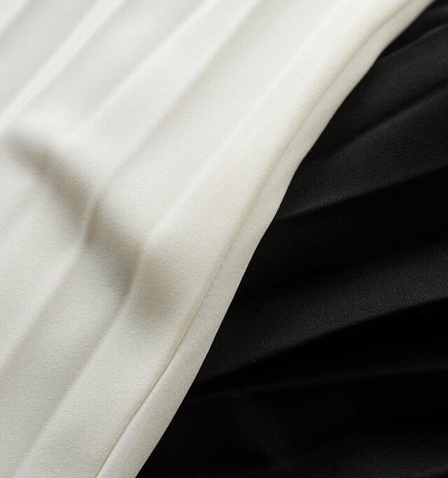 滑らかでとろみのあるきれい目素材。軽やかでストレッチ製もあり、楽な着心地です。