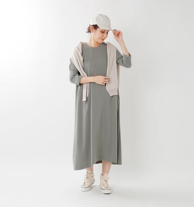 model yama:167cm / 49kg color : gray / size : 36