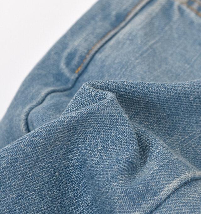 12ozのちょうどよい柔らかさなので、シーズンレスに着用できます。