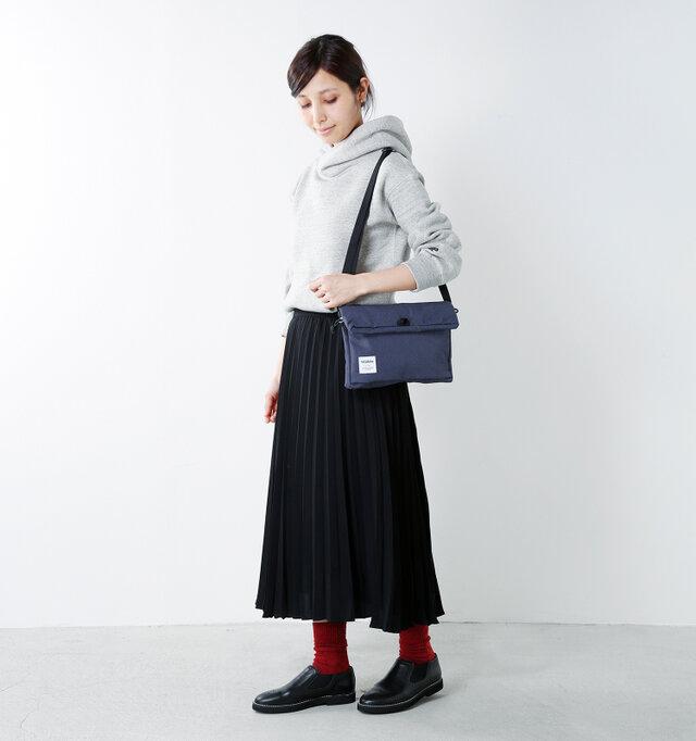 model yama:167cm / 49kg color : seteel navy / size : one