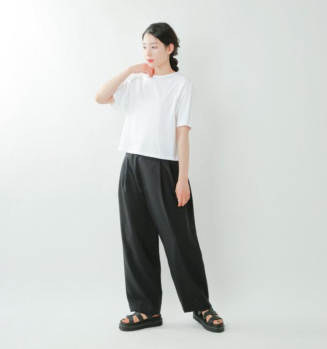 model mizuki:168cm / 50kg  color : white / size : 0