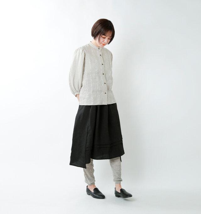 model saku:163cm / 43kg  color : heather gray / size : M-L