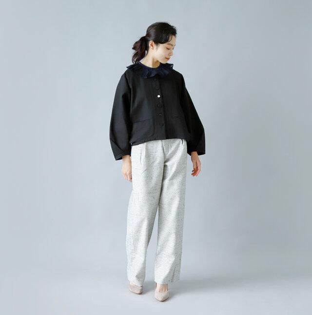 model:162cm / 47kg color : black / size : 1