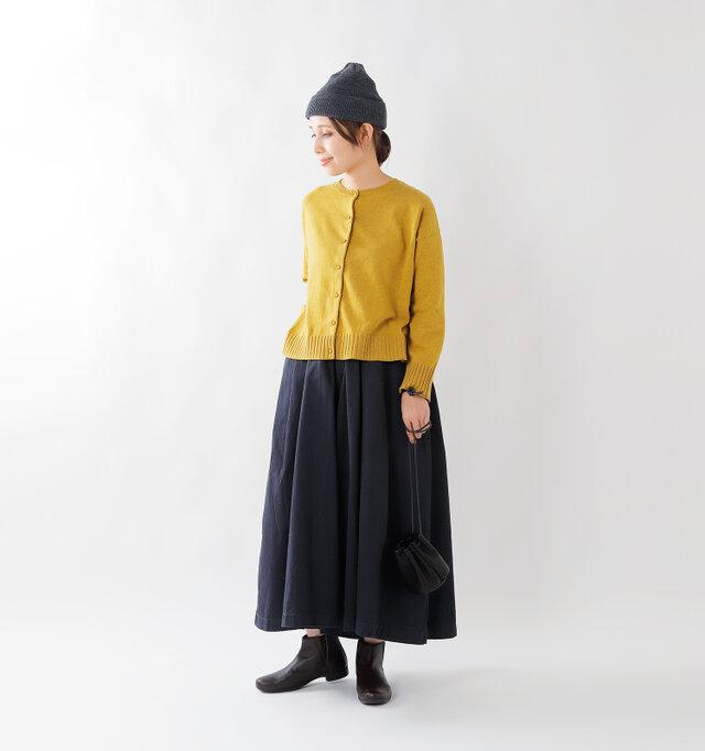 model yama:167cm / 49kg color : mustard / size : camel