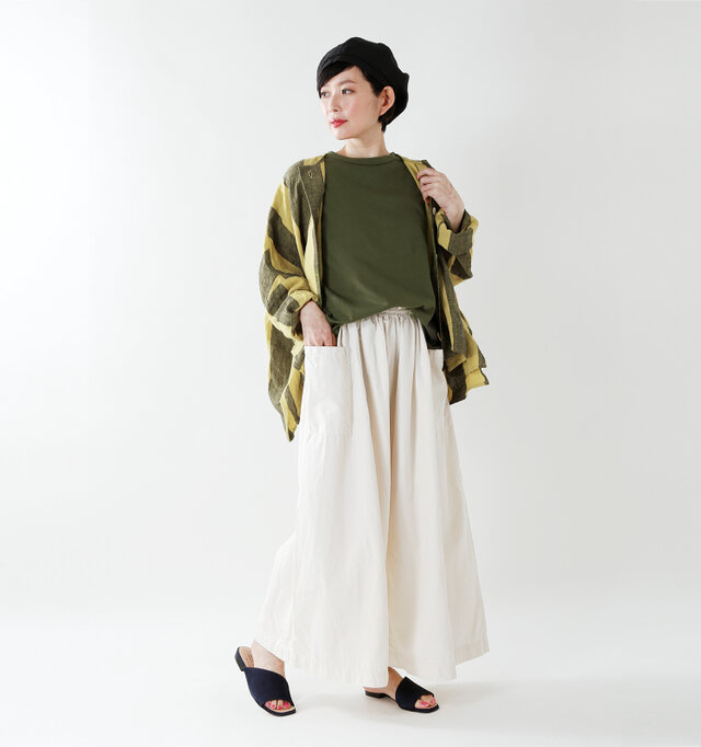 model mayu:158cm / 48kg color : dark khaki / size : 1