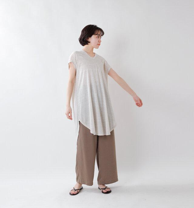 model saku:163cm / 43kg  color : oatmeal / size : 38