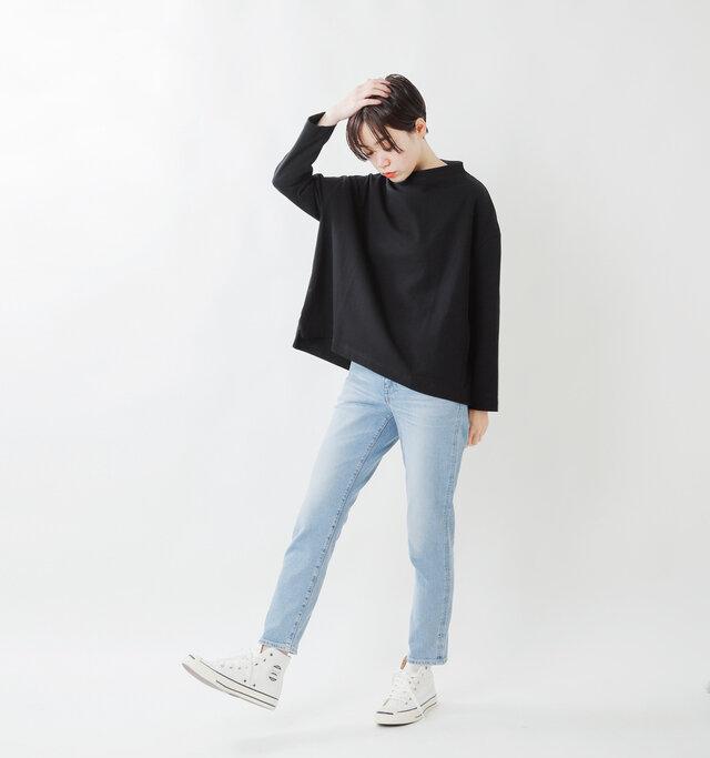 model saku:163cm / 43kg  color : black / size : 1