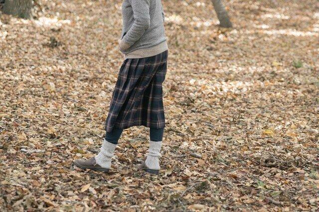 秋冬コーデともよく馴染みます。
