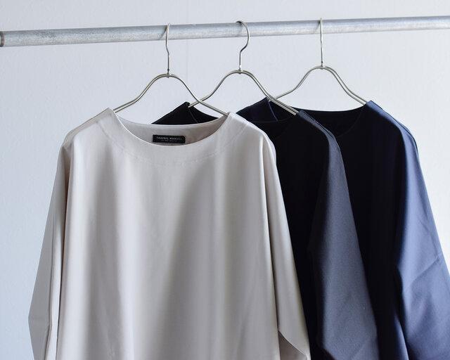 カラーは「サンド」「ネイビー」「ブラック」の3色をご用意しています。
