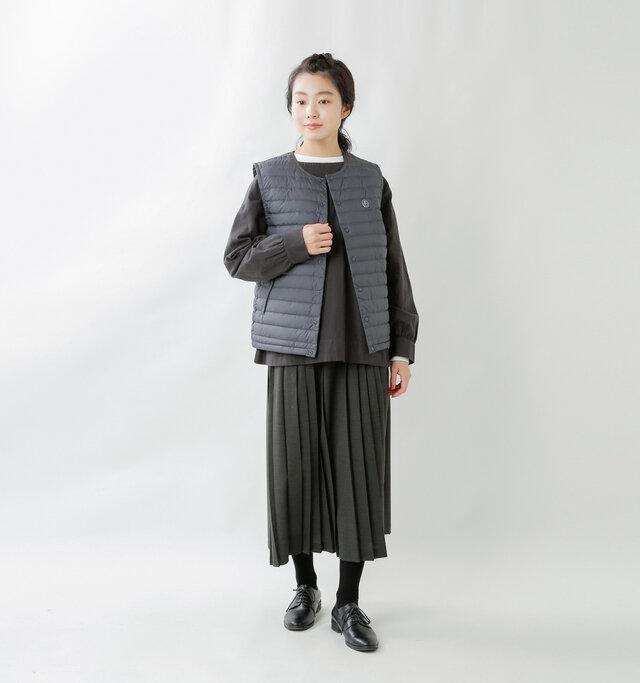 model mariko:162cm / 47kg  color : charcoal / size : 2