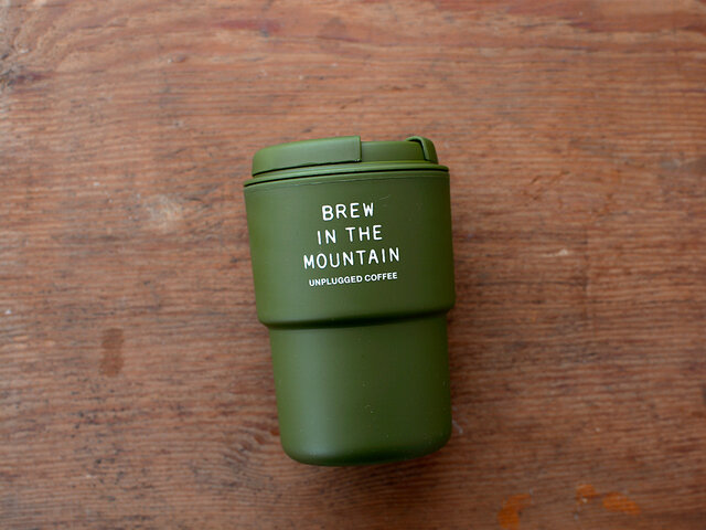 「BREW IN THE MOUNTAIN」のメッセージプリント。