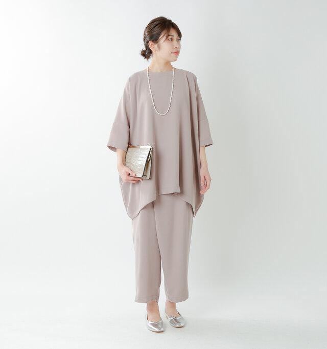 model hikari:165cm / 48kg color : pearl / size : one