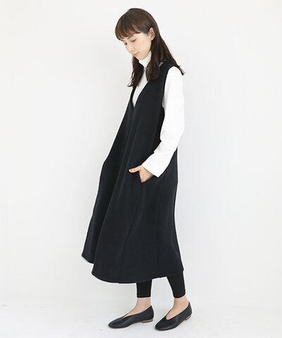 Mochi|v-neck one piece [black]