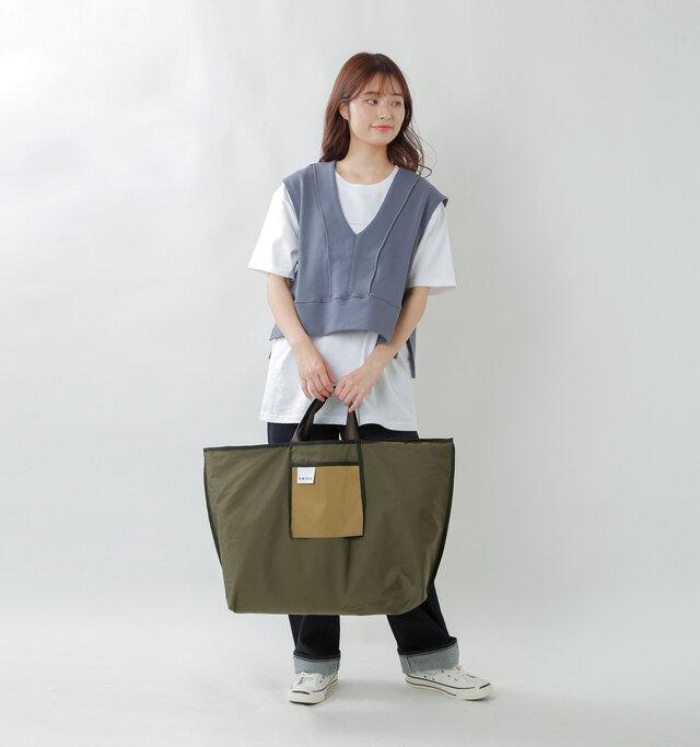 model kanae:167cm / 48kg color : khaki / size : one