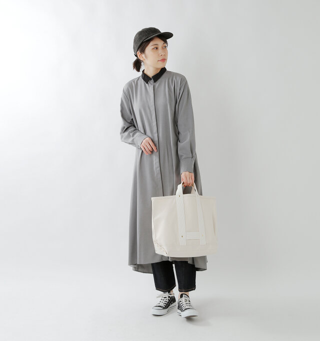 color : white / size : regular
